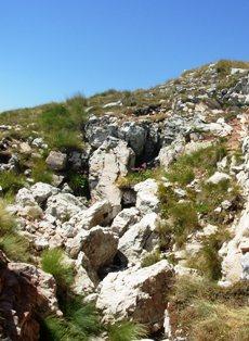ingresso della Grotta della Sibilla